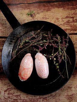 Bull's Testicles, Offal, Kitchen