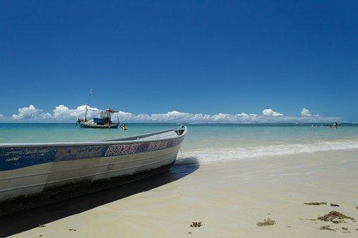 Trancoso, Bahia, Praia Dos Coqueiros, Mar, Boat, Weighs