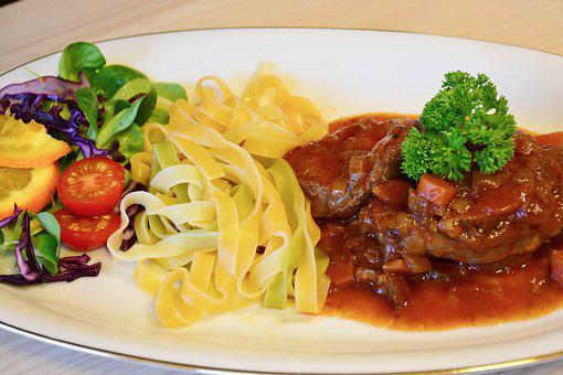 Court, Calf, Veal, Beef, Osso Buco, Eat, Cook, Kitchen
