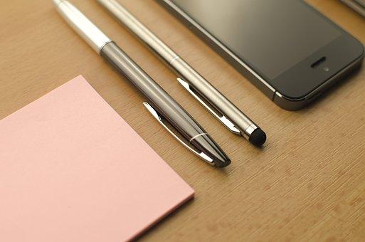 Zaneprázdněný, Domů, Stůl, Papír, Pohled, Počítač Výše