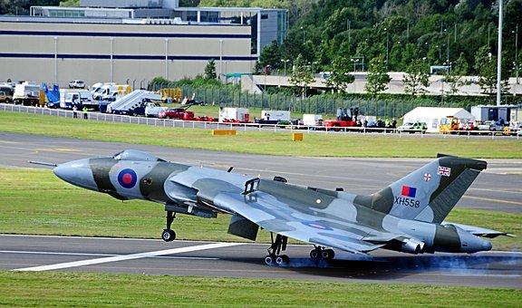 Vulcan, Bomber, Farnborough Air Show, United Kingdom