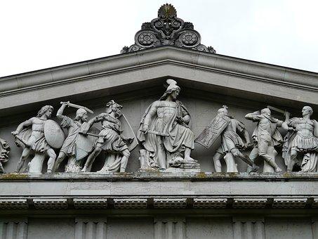 Tympanum, Vollplastik, Walhalla, Memorial