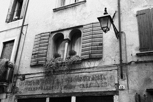 Window, Mullioned, White Black, Bn, Lamppost, Light