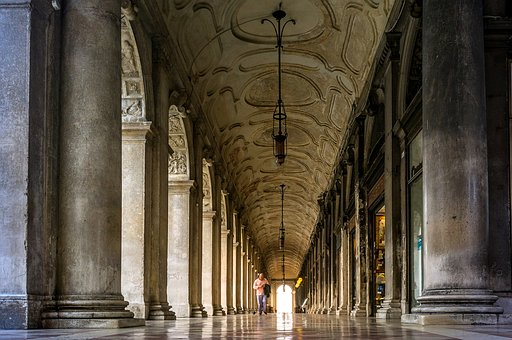 Vacations, Travel, Tourism, Venice, Arcades