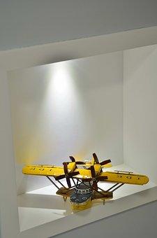 Niche, Lighting, Plane, Decoration