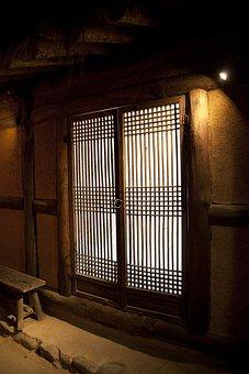 Gen Hodge, Folk Village, Classic, Wood Door