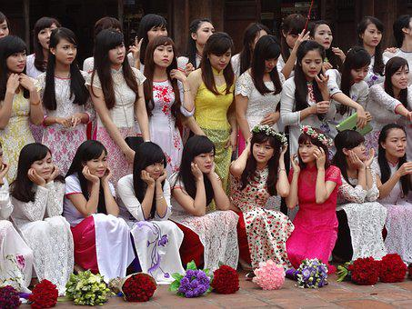 Vietnam, Celebrate, Graduation, Girl, Group Picture