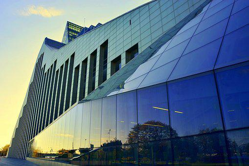 Latvian National Library, Reflections, Architecture
