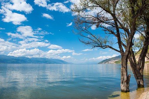 Dali, Erhai Lake, Yunnan Landscape