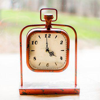 Clock, Mantle, Blur, Bokeh, Window, Red, Time, Décor