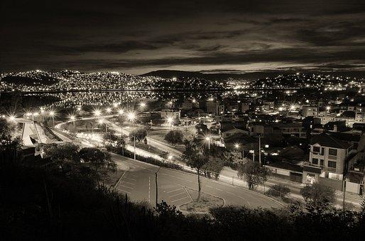 Cochabamba, Laguna, Alalay, Night