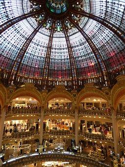 Paris, Buy House Lafayette, Nouveau Architecture