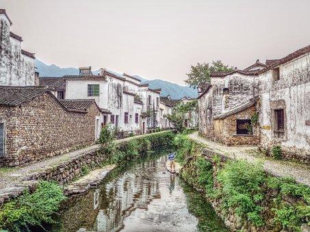 Longmen, Fuyang, Streams, Houses