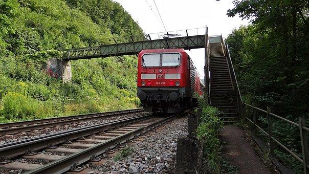 Br 143, Geislingen-climb, Fils Valley Railway, Kbs 750