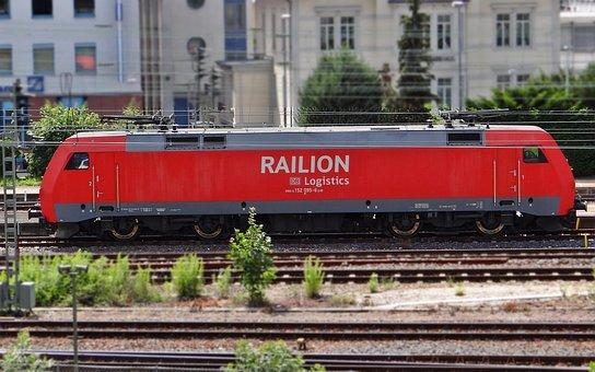 Br 152, Railion, Hbf Bask