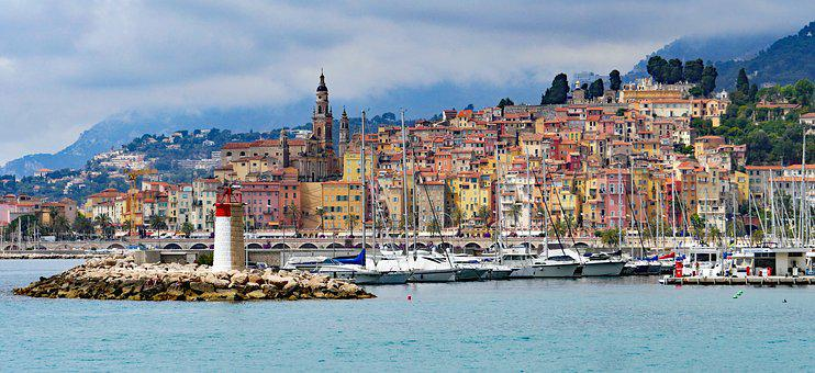 Menton, Old Town, Harbour Entrance, Lighthouse