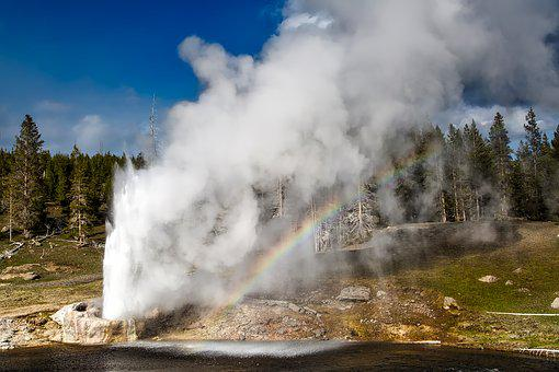 Riverside Geyser, Yellowstone, National Park, Wyoming