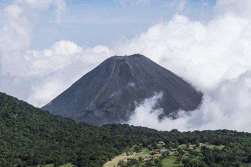 Isalco, El Salvador, Volcano, Clouds