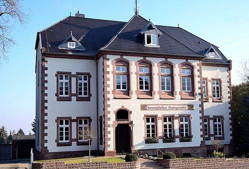 Royal Amtsgericht, Historic Building, Architecture