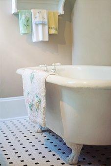 Claw Foot Tub, Bathtub, Vintage, Retro, Antique, Bath