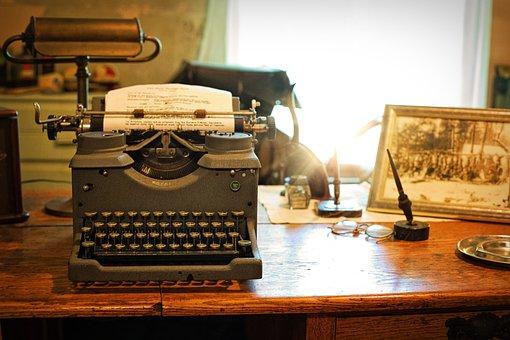 Typewriter, Desk, Vintage, Retro, Old, Writer, Office