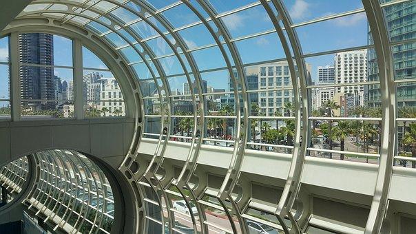 San Diego, Harbor Dr, Convention Center