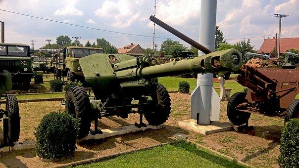 Kecel Military Technology Park, Cannon, Gun