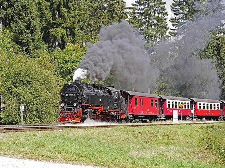 Steam Locomotive, Locomotive Of Chunks Of