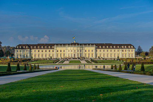 Castle, Blühendes Baroque, Ludwigsburg Germany