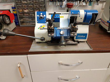 Key Cutting Machine, Key Service, Machine