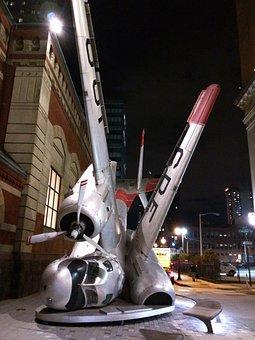 Philadelphia, Plane Art, Plane Crash, Installation