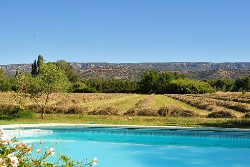 Provence, Lubéron, Mallemort De Provence