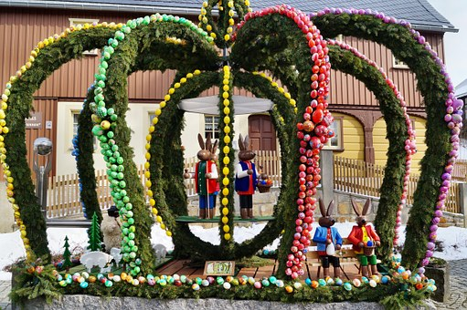Easter Well, Hinterhermsdorf, Saxon Switzerland, Easter