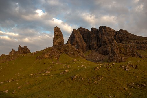 Old Man Of Storr, Rock, Mountains, Sunrise, Clouds