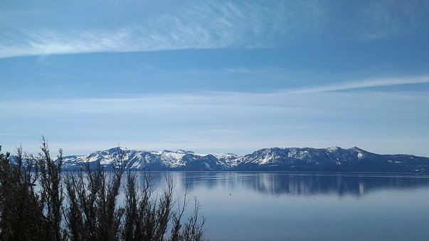 Lake Tahoe, Winter, Lakeview