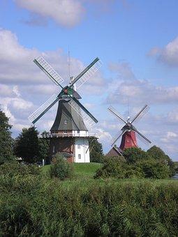 Windmill, Greetsiel, North Sea, Northern Germany