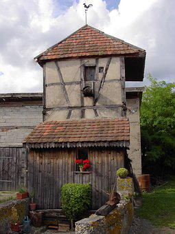 Pigeon Loft, Alsace, France, Village, Roggenhouse