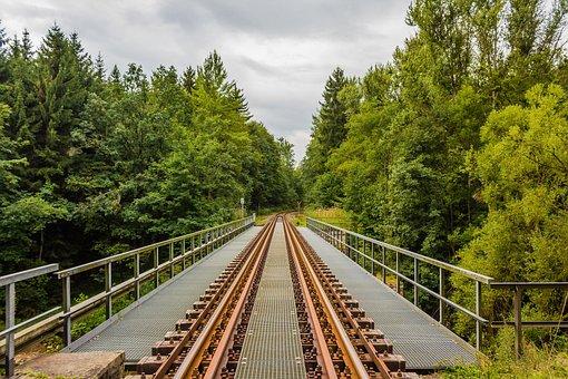 Gleise, Bridge, Ore Mountains, Train, Railway, Rails