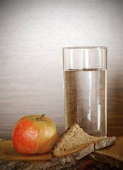 Apple, Bread, Water, Dry, Eat, Food, Karg, Mager