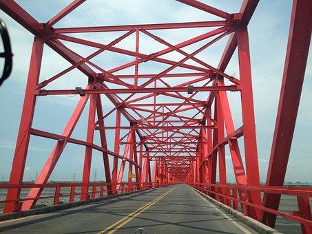 Hsilo Big Bridge, Taiwan, Red