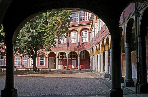 Castle, Wolfenbüttel, Courtyard, Arches, Clinker
