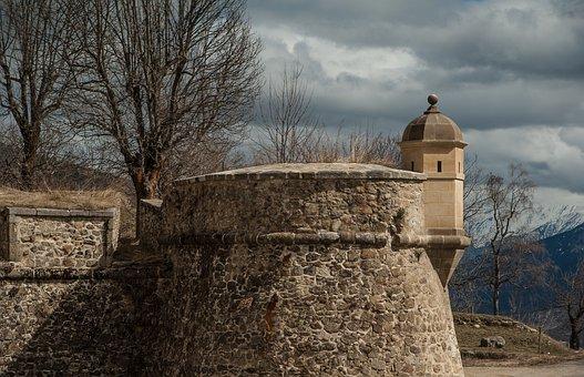 Pyrénées, Montlouis, Fortress, Ramparts