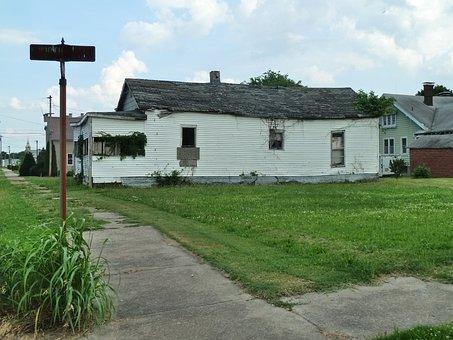 Cairo, Illinois, Run Down Neighborhood, Old Buildings