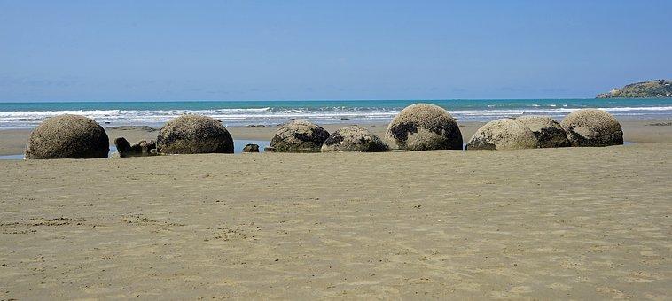 Moeraki Boulders, Huge Balls, Beach, Stones
