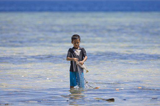 Boy, Fishing, Halmahera, Widi Islands, Ami, Indonesia
