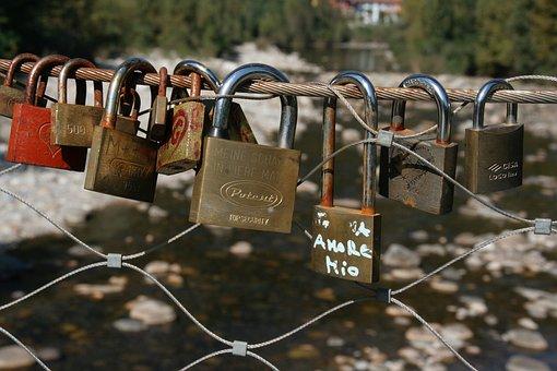 Love Locks, Italy, Cannobio, Love Castle