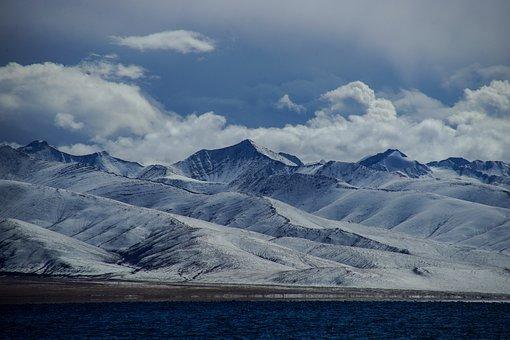 Plateau, Blue Sky, Tibet's Snow-capped Mountains