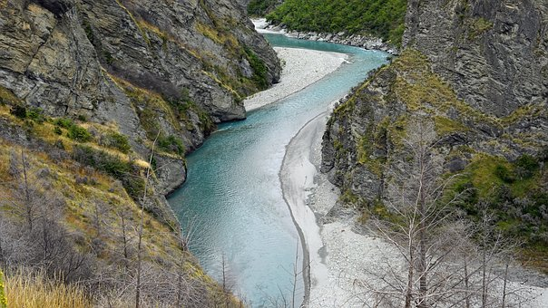 Skippers Canyon, Shot Over River, New Zealand