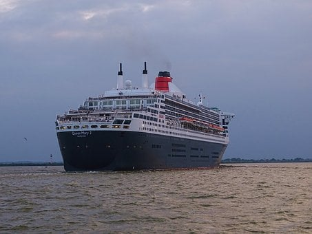 Ships, Queen Mary, Cruise Ship, Hamburg, River, Elbe