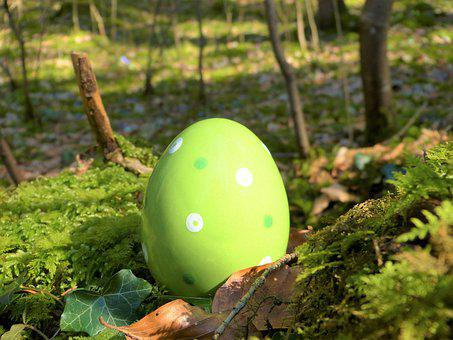 Easter Egg, Ceramic, Green, Forest, Moss, Nature, Sunny